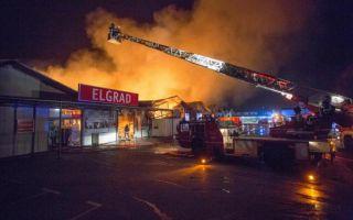 Vatrogasci će još cijeli dan raditi na zgarištu u Škurinjama