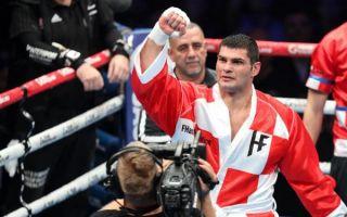 Hrgović ekspresnim nokautom obranio naslov WBC prvaka