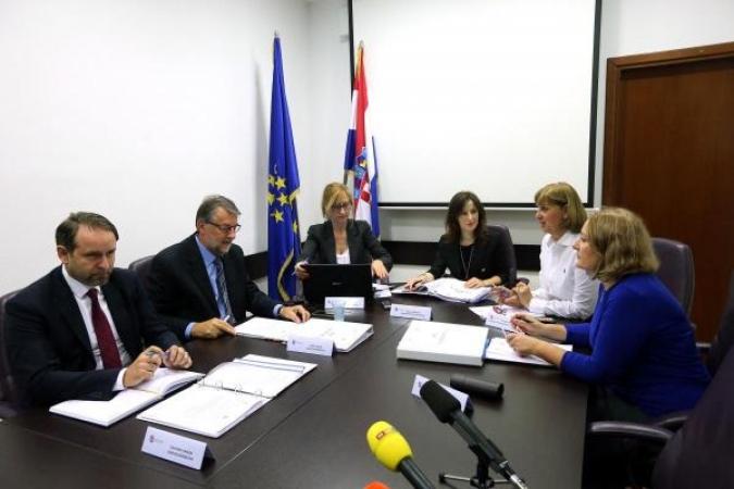 Orešković povukla kandidaturu zbog glasovanja vladajućih i Bačićeve izjave